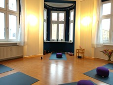 Yogalehrer - The Yogabridge Berlin