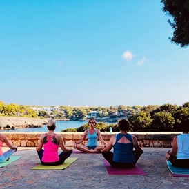 Yogalehrer: Yoga Workshop Mallorca August 2019 - LebensManufaktur & YogaRaum