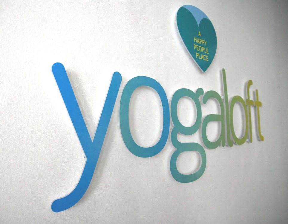 yoga in d sseldorf yogalehrer yogaloft d sseldorf friedrichstadt. Black Bedroom Furniture Sets. Home Design Ideas